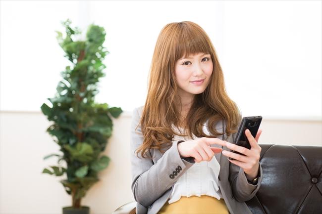 アマゾンギフト券Eメールタイプは携帯電話で買える